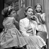 Deborah-Kerr-and-daughters-w.jpg
