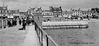Helensburgh_pier_and_arch.jpg